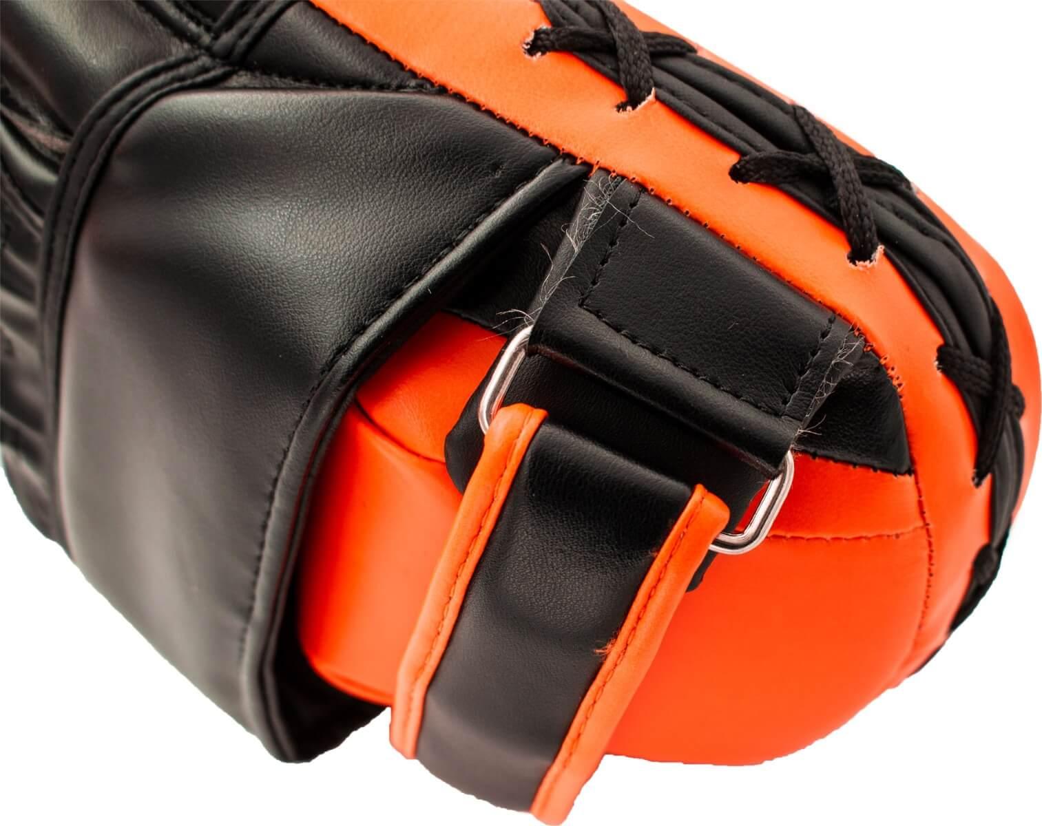 Handpratze Munch Schwarz-Orange Seite 1